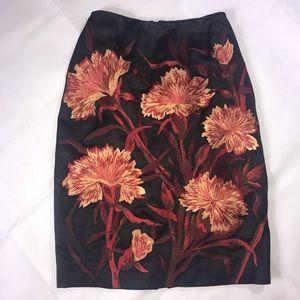 Stunning flowered skirt by Carmen Marc Valvo, sz 2